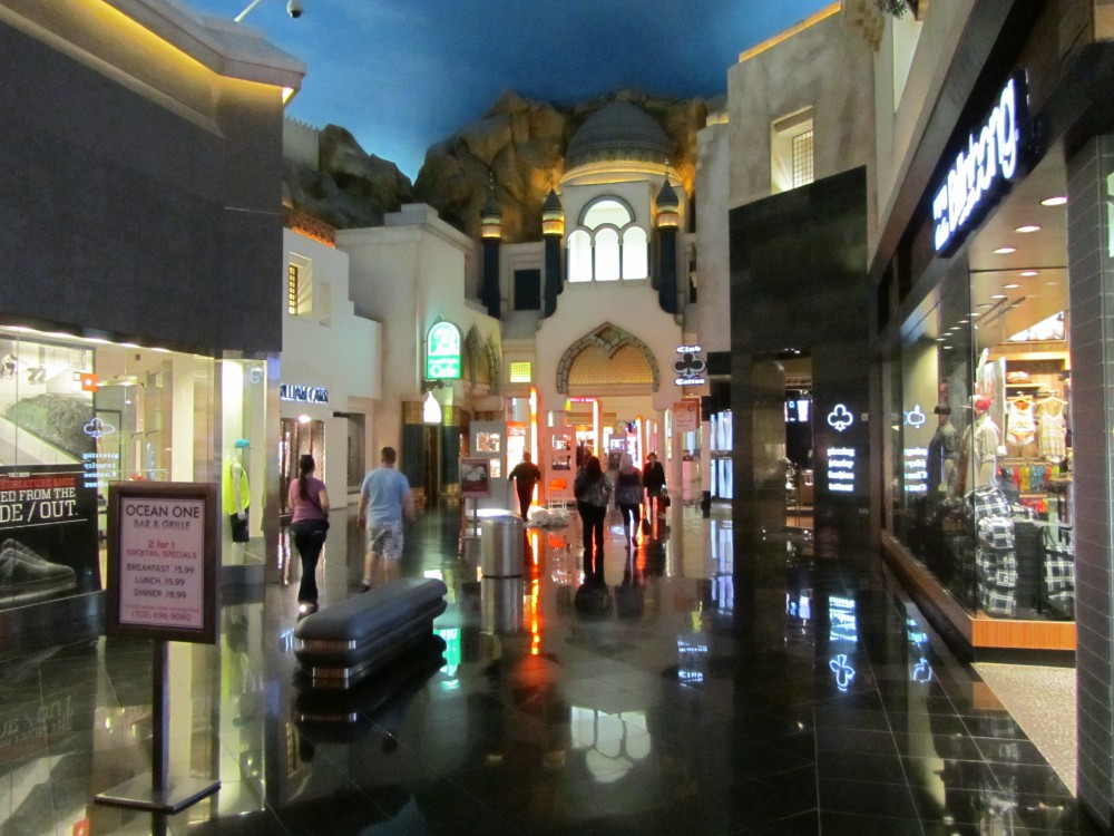 Miracle Mile Shops | Vegas High Roller