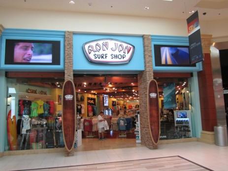 Mandalay Place, Mandalay Place Las Vegas, Cariloha, Fashion 101, Elton's Men's Store, Flip Flop Shops, GUINNESS Store, Lik Gallery, Swarovski, LICK, MVP, Nike Golf, Nora Bleu, OPTICA, Ron Jon Surf Shop, Shoe Obsession, TeNo, The Art of Music, Welcome to Las Vegas, Chapel Hats, Mandalay Bay Resort & Casino, Mandalay Bay Resort & Casino Las Vegas, Mandalay Bay Hotel & Casino, Mandalay Bay Hotel & Casino Las Vegas, Las Vegas, Las Vegas Strip, Las Vegas Boulevard, Mlife, MGM Resorts
