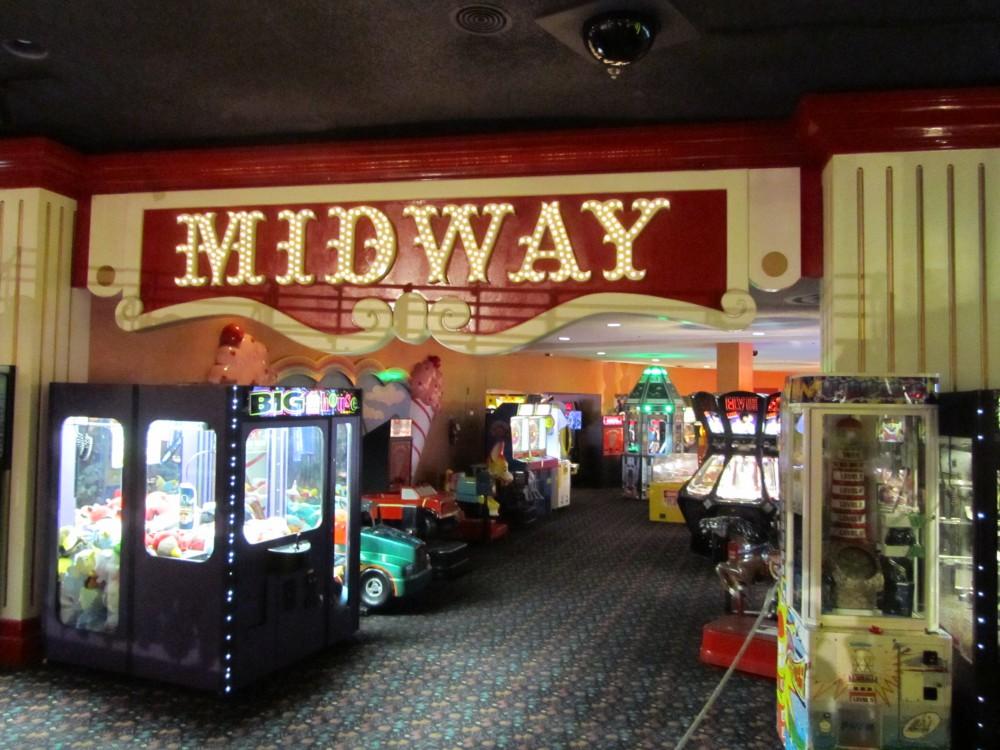 circus circus hotel & casino email