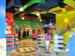 M&M's World Las Vegas, M&M, M&M's, M&M's Store, M&M Store, M&M's Store Las Vegas, Red M&M's, Blue M&M's, Yellow M&M's, Brown M&M's, Las Vegas, Las Vegas Strip, Las Vegas Boulevard, Showcase Mall, Showcase Mall Las Vegas