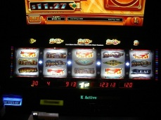 ReelMONEY at Mirage Las Vegas, ReelMONEY slotmachines at New York-New York Las Vegas, ReelMONEY slotmachine, slotmachines Las Vegas, slotmachines jackpots Las Vegas, slotmachine winners, slotmachine winner Las Vegas, Mlife players club, Mlife, penny slots, progressive slotmachine jackpots, Tier credits, Express Comps, gambling, gaming
